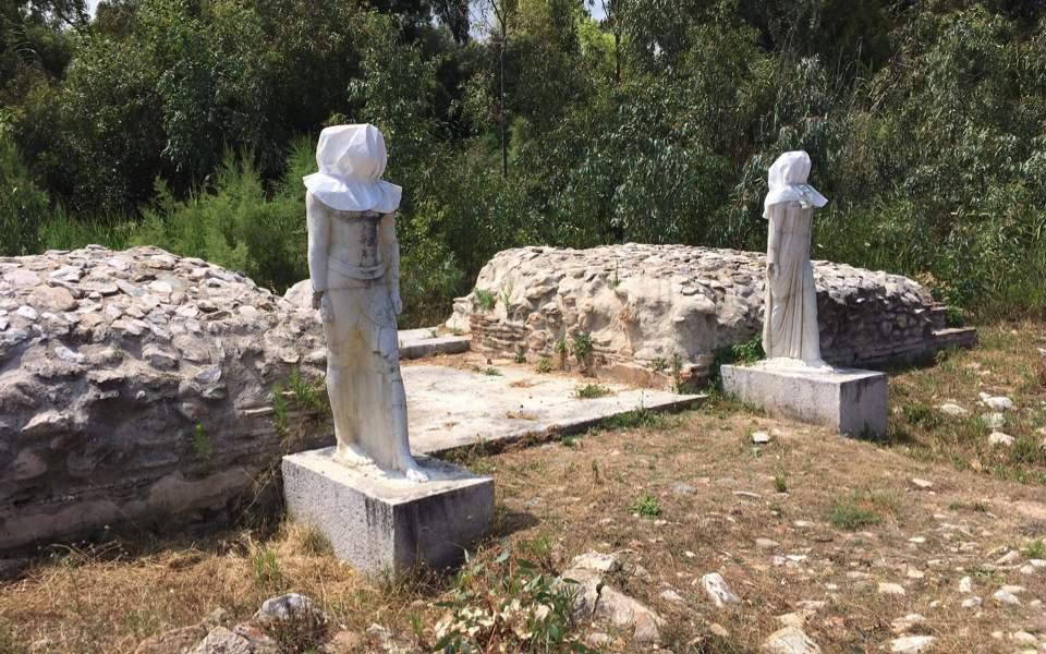 statues_web