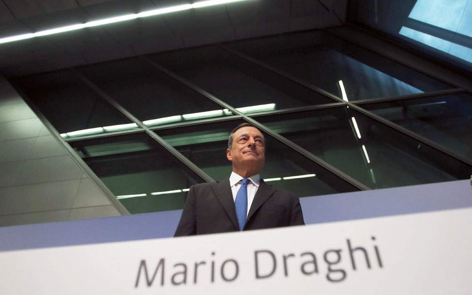 draghi_worms_eye_web