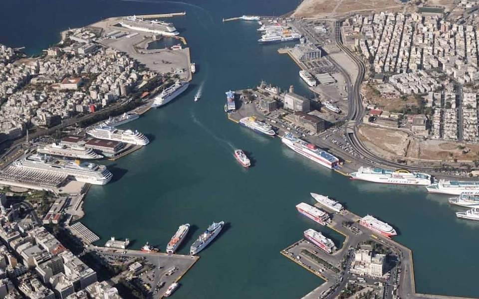 piraeus-port1