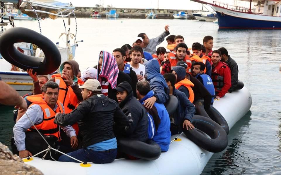 migrant_boat