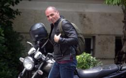 varoufakis_motorcycle_cropped