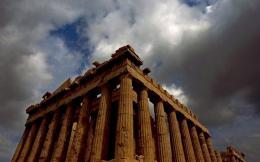 clouds_acropolis
