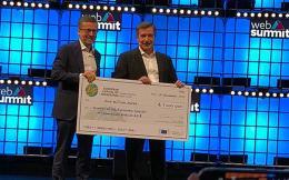 kaminis_prize