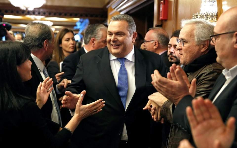 kammenos_applause