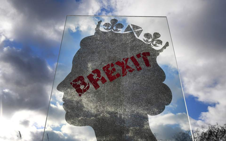 Bloomberg Greece Working To Shore Up Tourism Against No Deal Brexit