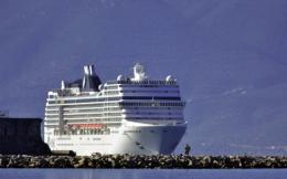 cruise_liner_vertical_web-thumb-large
