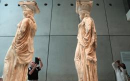 acropolis_museum_caryatids