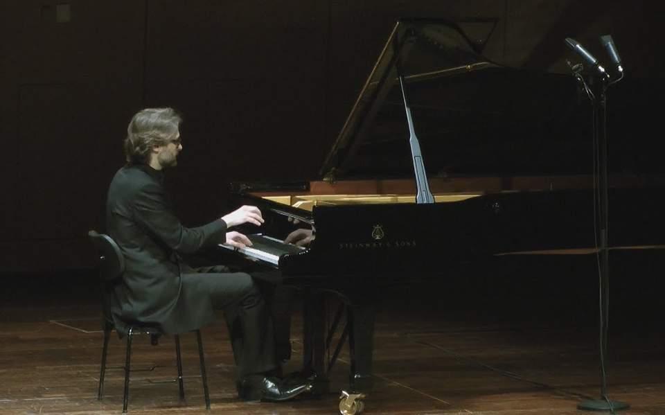 list_piano1