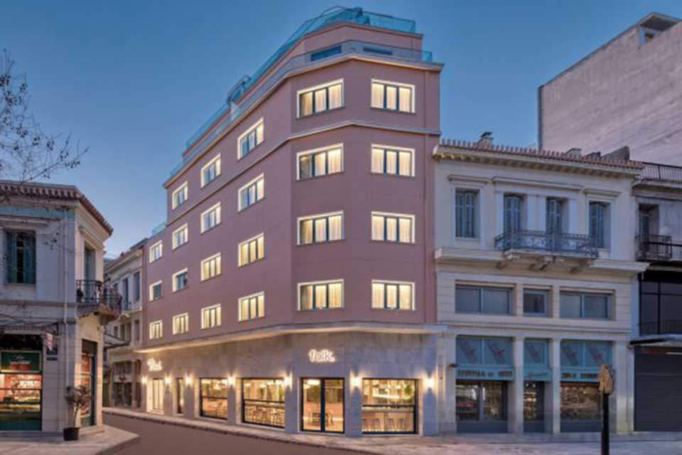 Syntagma Square pulsing with new hotels