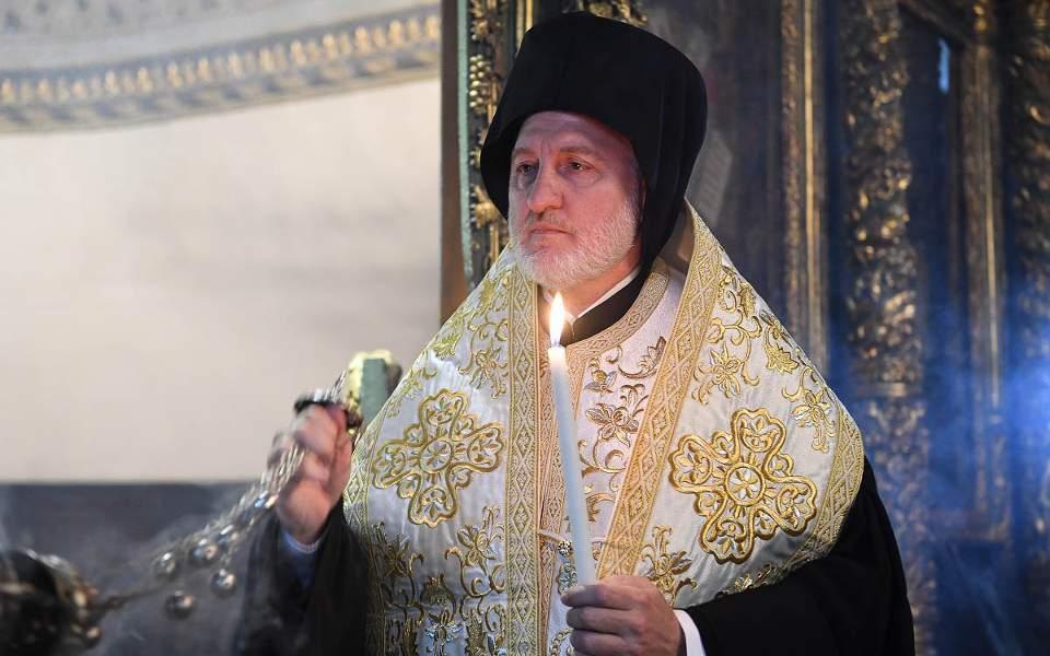 Elpidophoros sends message of unity to faithful of Greek