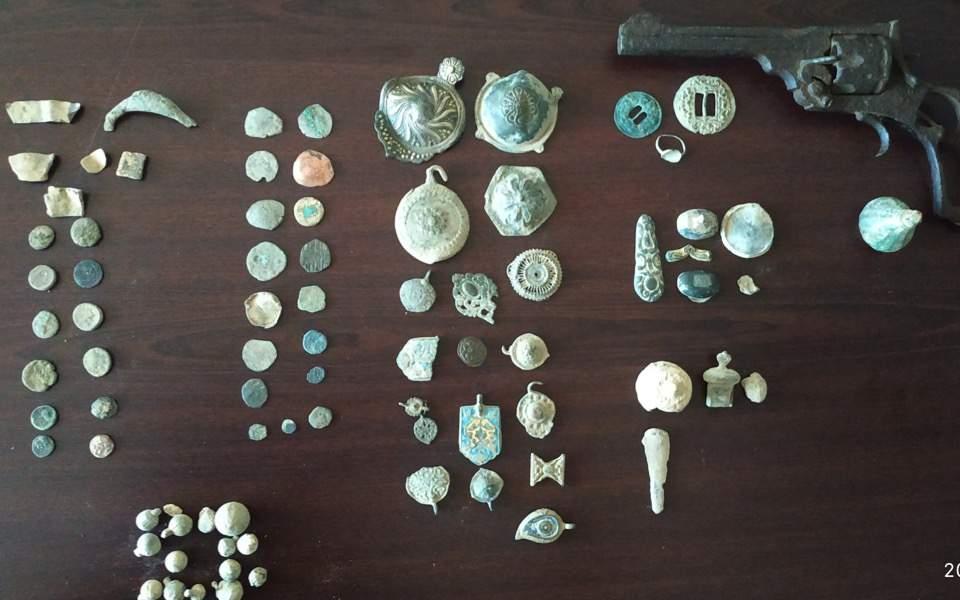 illgegal-coins