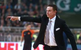 pitino_pointing_web