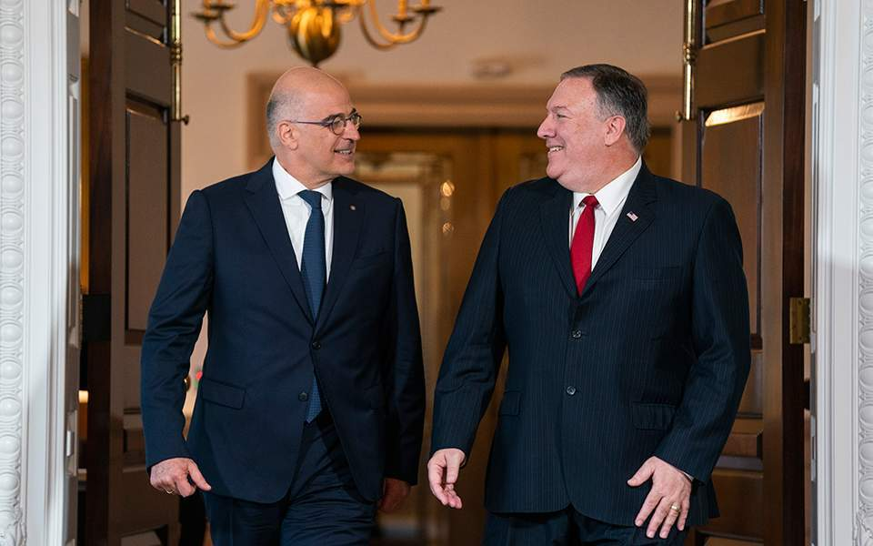 GRČKI ŠEF DIPLOMATIJE POŽALIO MU SE NA 'PROBLEME S TURSKOM' Pompeo: Grčka stub stabilnosti Balkana i važan saveznik NATO-a