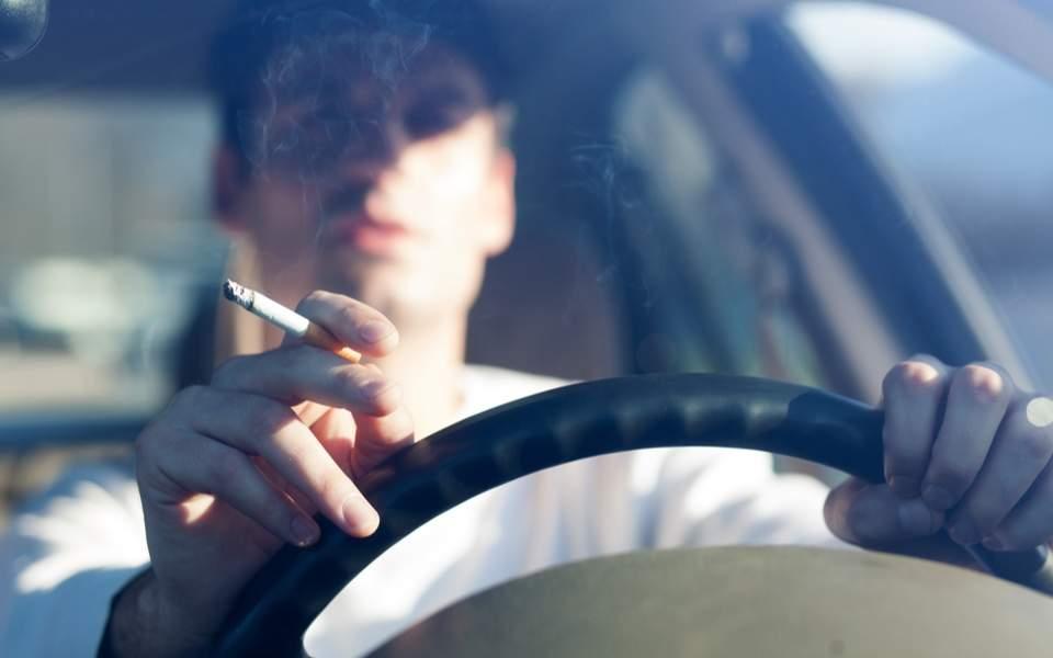driver_smoking_web