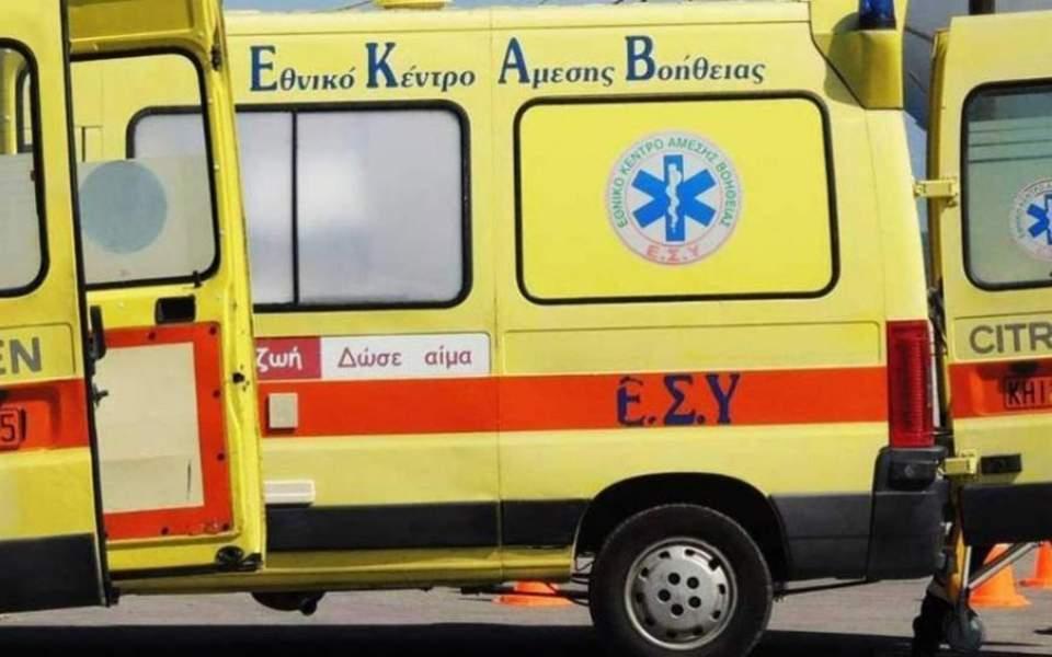 One migrant dead, eight injured in Egnatia car collision