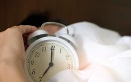 adult-alarm-alarm-clock-1028741-thumb-large