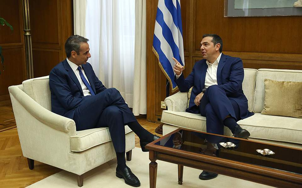 Tsipras sceptical, Gennimata tentatively positive over diaspora vote