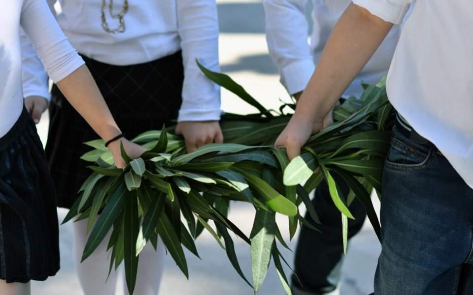 ochi-day-corinth1