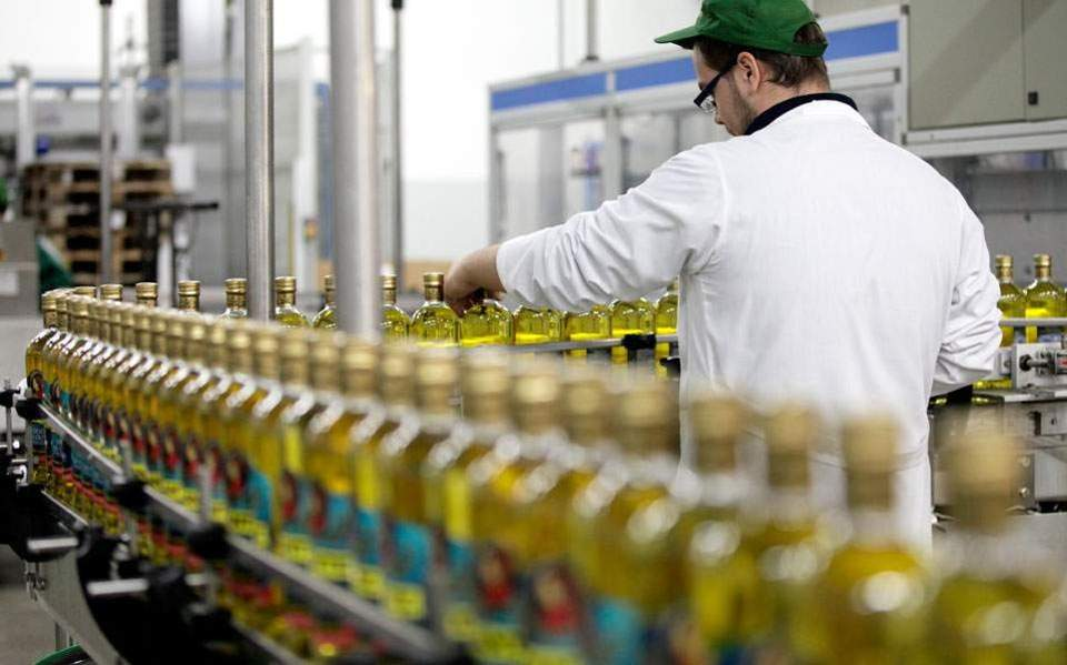 Greek olive oil cheaper in the US than Spain's