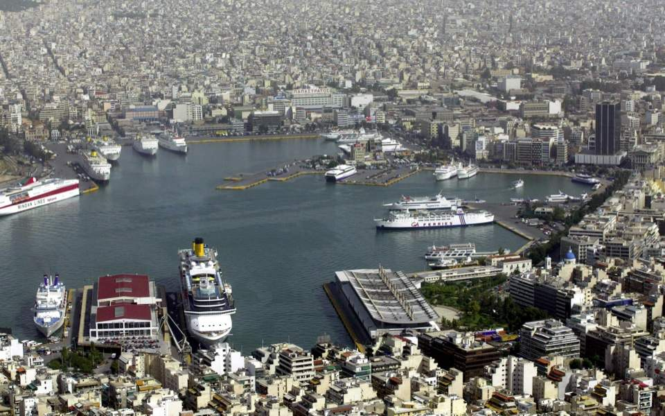 Cosco's Piraeus plan approved, in part
