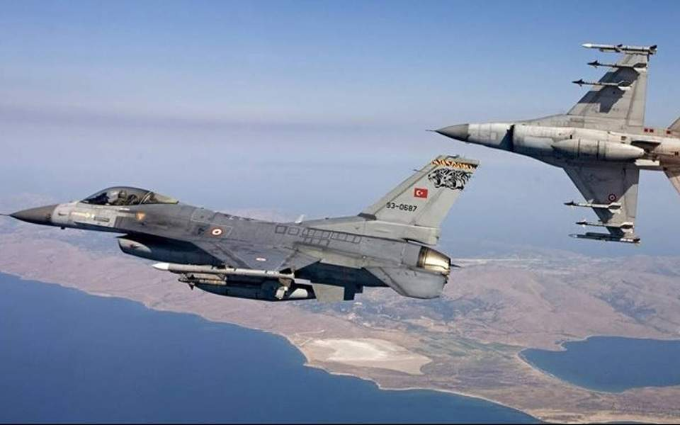 Turkish jets fly over Oinousses, Panaghia islands