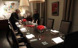 waiters_table_web