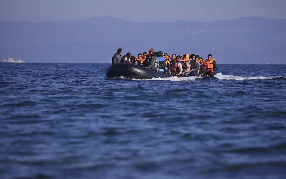 Auditors urge EU to quickly fix migrant policy shortfalls