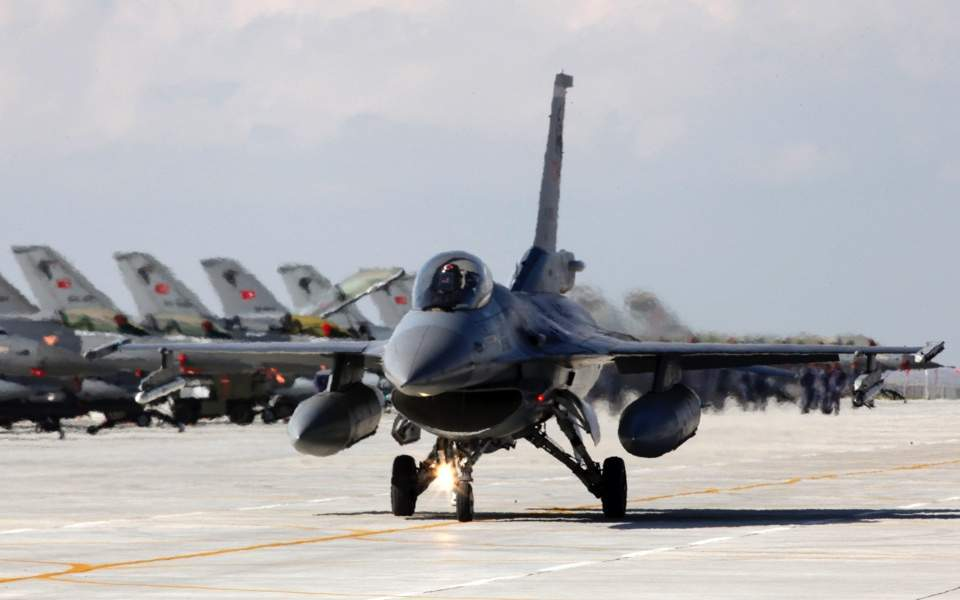 Turkey violates US law when its F-16s fly over the Aegean