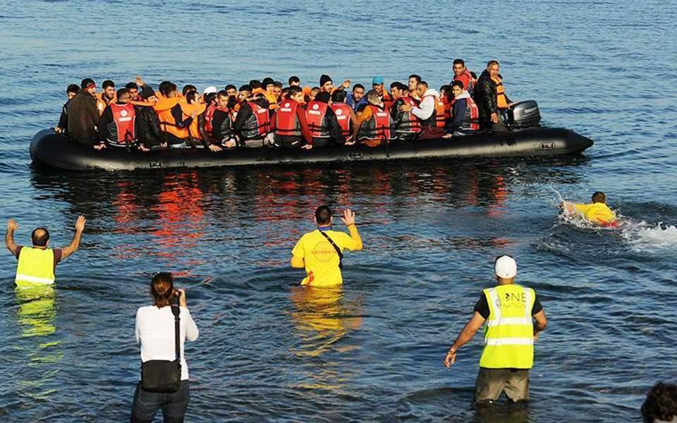 Over 5,000 migrants landed in Greek islands in December