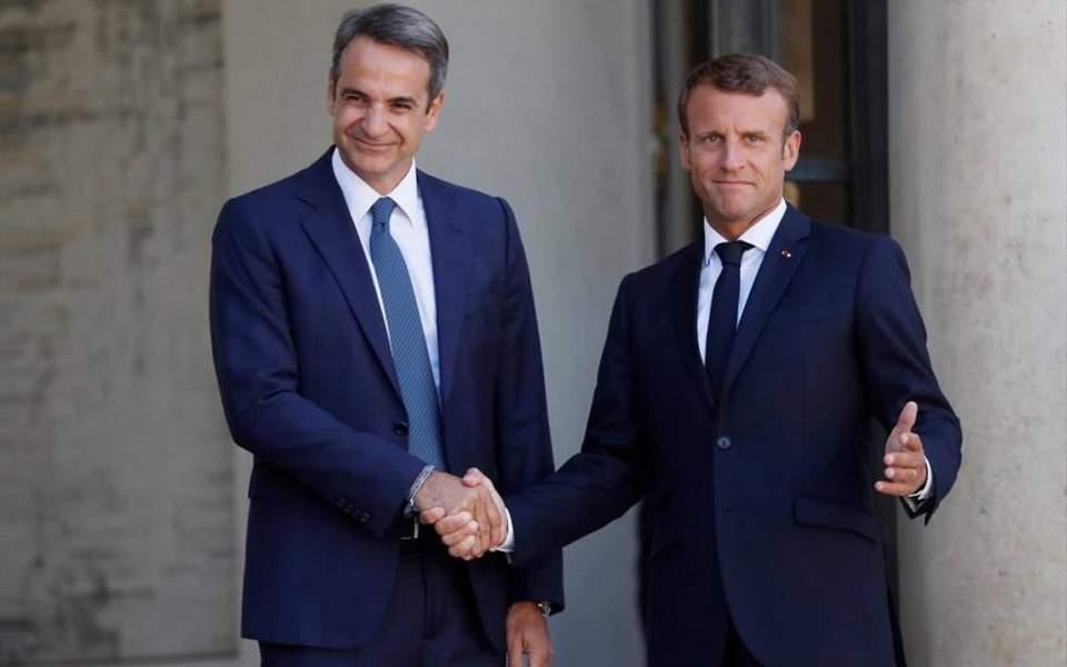 As Ankara fuels tensions, Mitsotakis to meet Macron