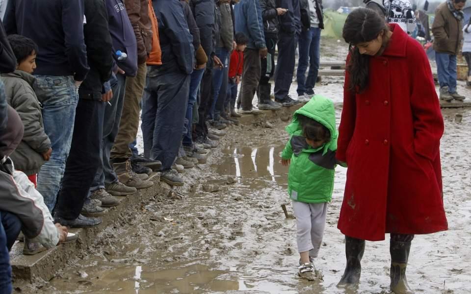 refugees_rain