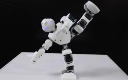 robots_monday_paper_cropped