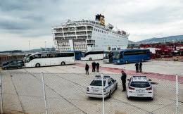 ferry-piraeus_web