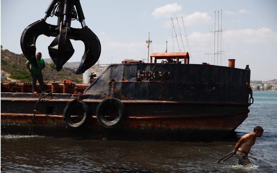 salamis-shipwrecks1