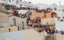 santorini-tourism