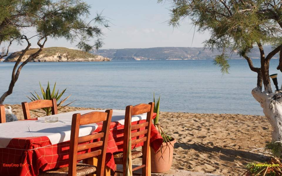 taverna_beach_web