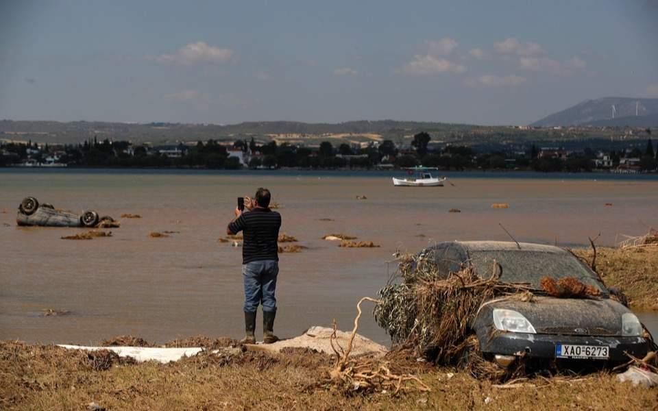 evia-floods1