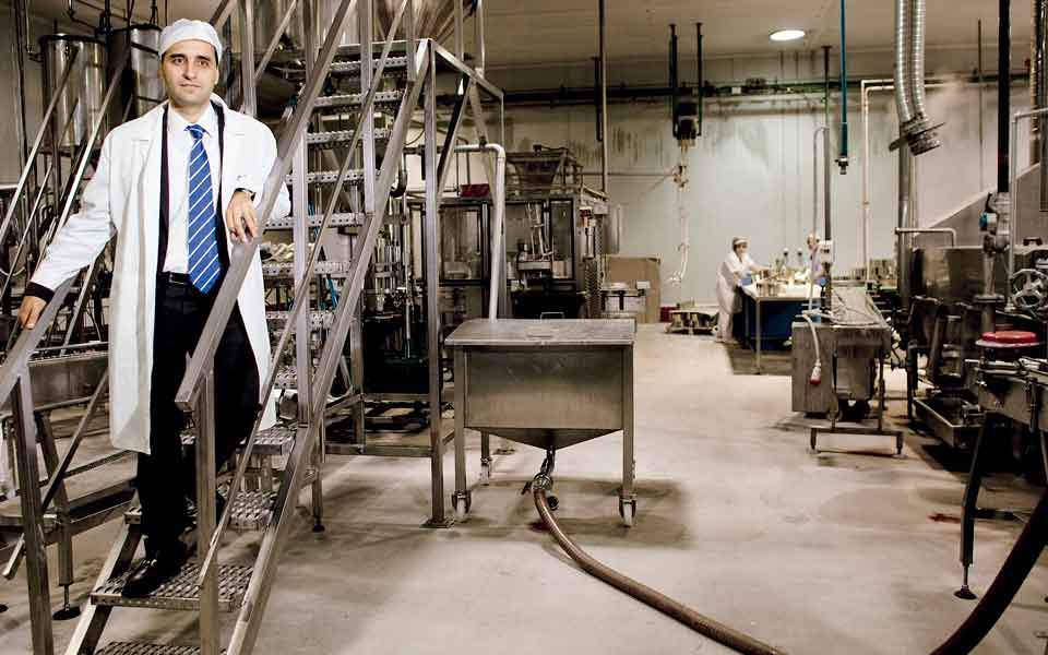 manufacturing_plant_web--2