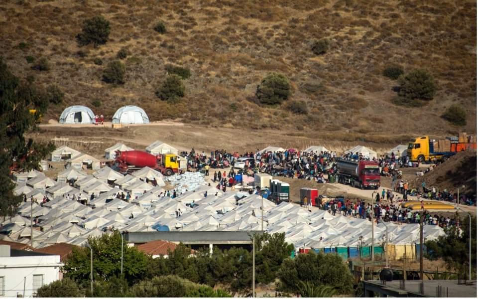 migrants-kara-tepe-lesvos