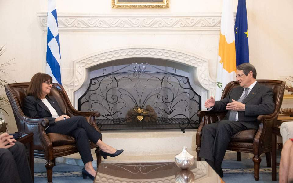 Greek President stresses solidarity with Cyprus | Kathimerini