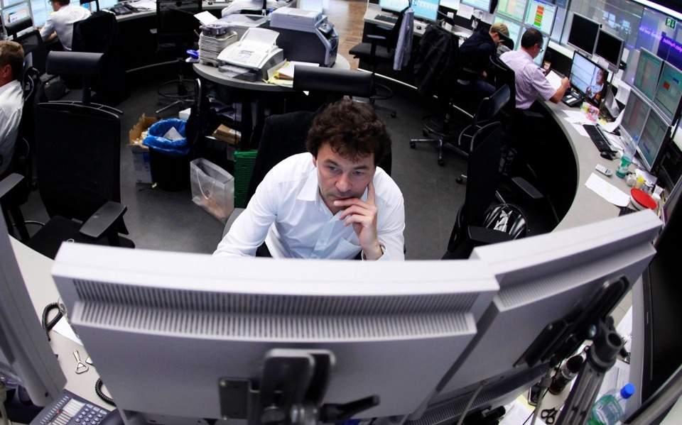 trader_worried_web--2