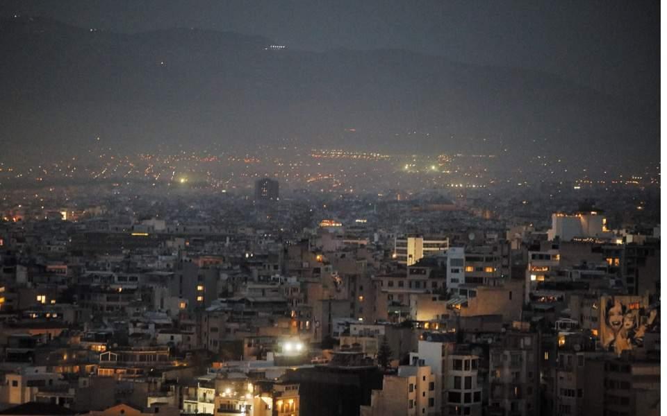athens-sahara-dust-smog