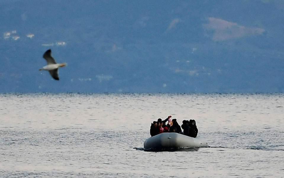 refugee-boat_web-thumb-large-thumb-large