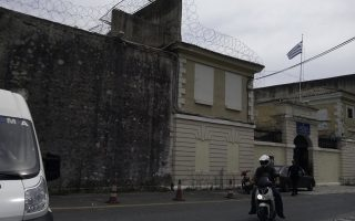 dog-thwarts-escape-plans-of-corfu-prison-tunnelers