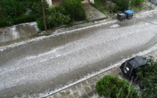 hailstorm-takes-ioannina-residents-by-surprise