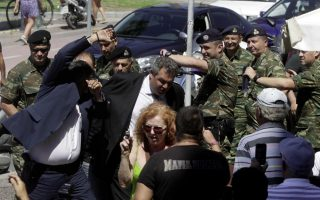 ministry-refutes-kammenos-accusations-over-egg-thrower