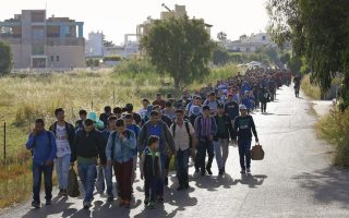 refugees-overwhelm-holiday-island-of-kos-as-authorities-rapped