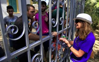 welcome-mat-fraying-as-more-migrants-reach-greek-island