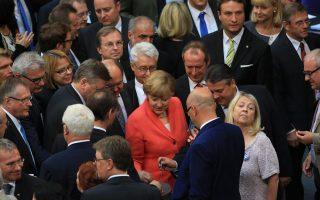 merkel-allies-warily-back-greece-deal-as-parliament-vote-is-set
