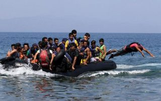 coast-guard-rescues-1-417-migrants-in-three-days-off-aegean-islands